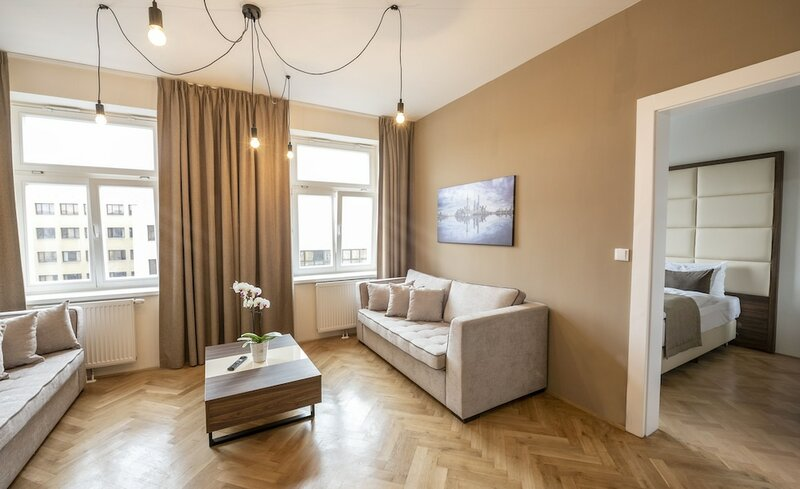 Апартаменты Letna Garden Suites
