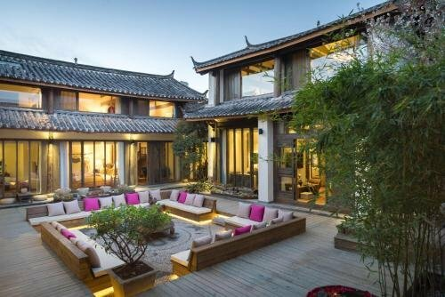 Lijiang Passing Through Hostel