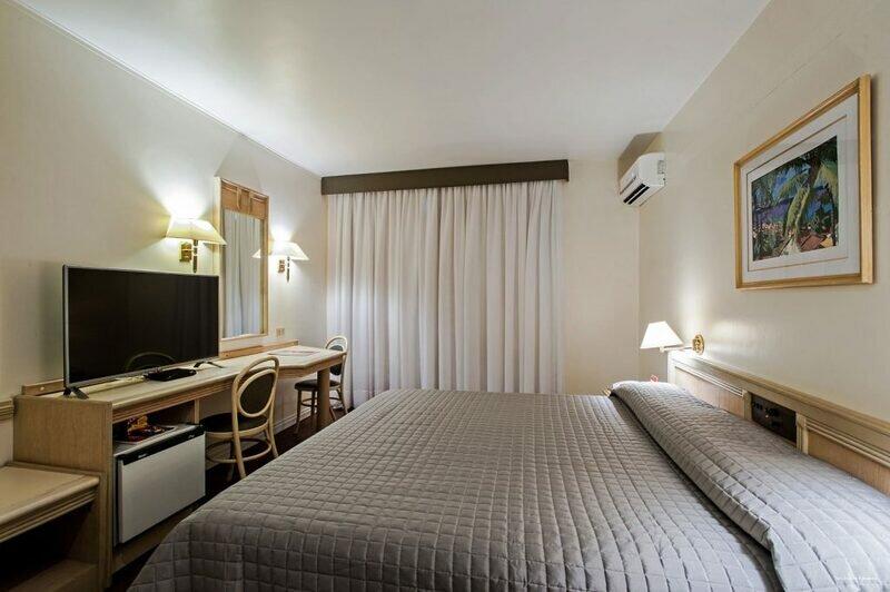 Trevi Hotel & Business