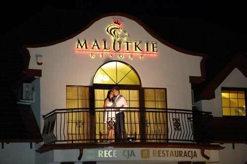 Malutkie Resort - apartamenty, pokoje, restauracja