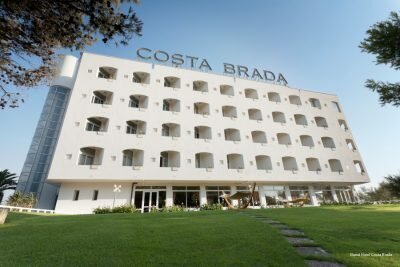 Costa Brada