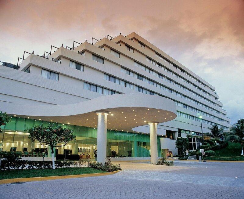 Park Royal Beach Cancún - Все включено