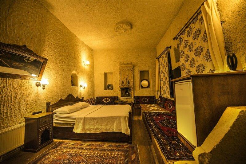 Отель Vineyard Cave