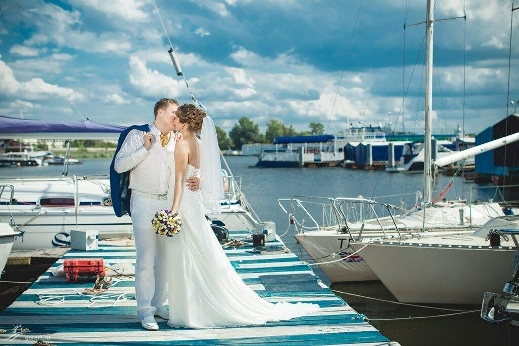 вырезать объект свадебная прогулка спб яхт клуб фото черта попсовых