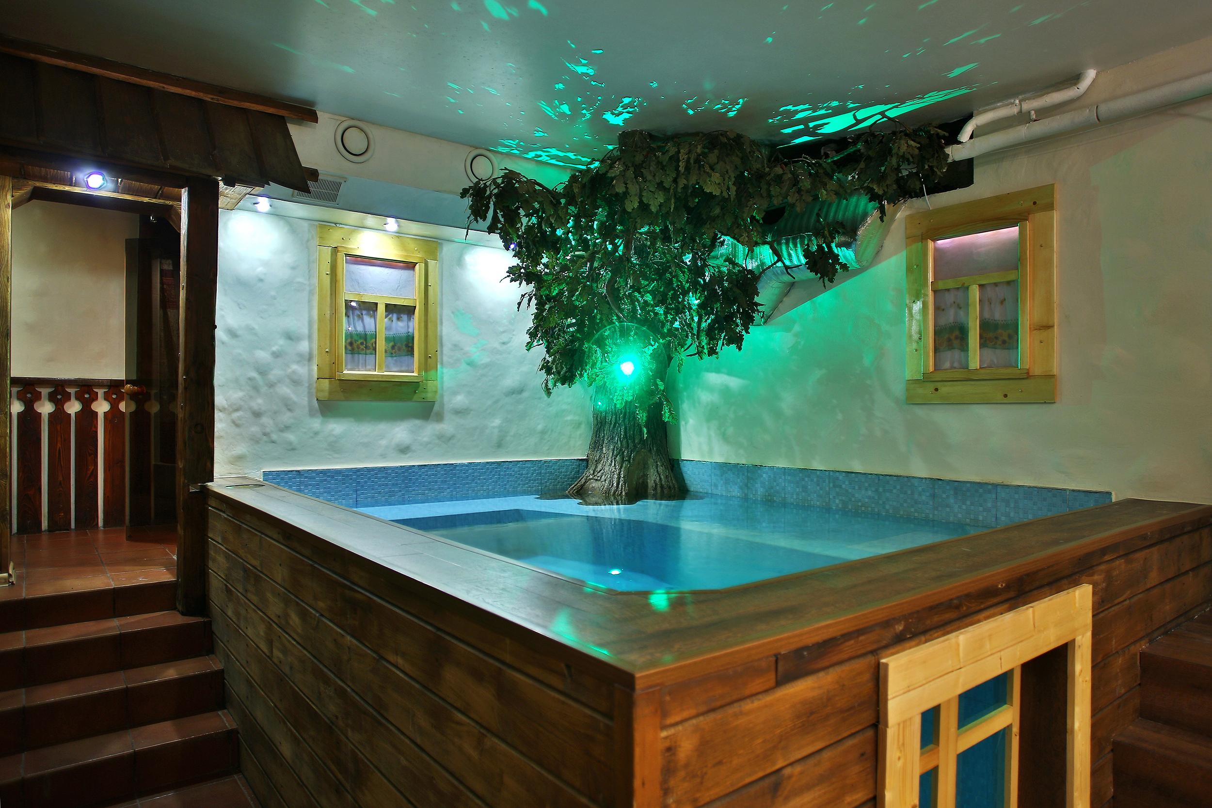 подвал спустилась банные клубы в санкт-петербурге тут моему взору