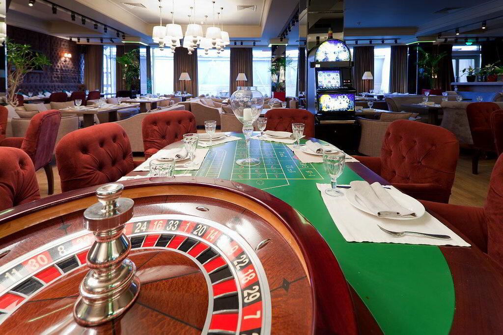 Новый арбат 21 кафе казино русская рулетка общение онлайн