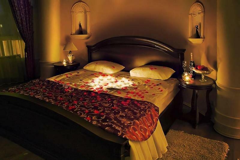 фото спальни при свечах статусы
