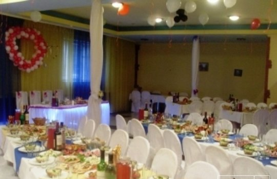 Отель Парвана