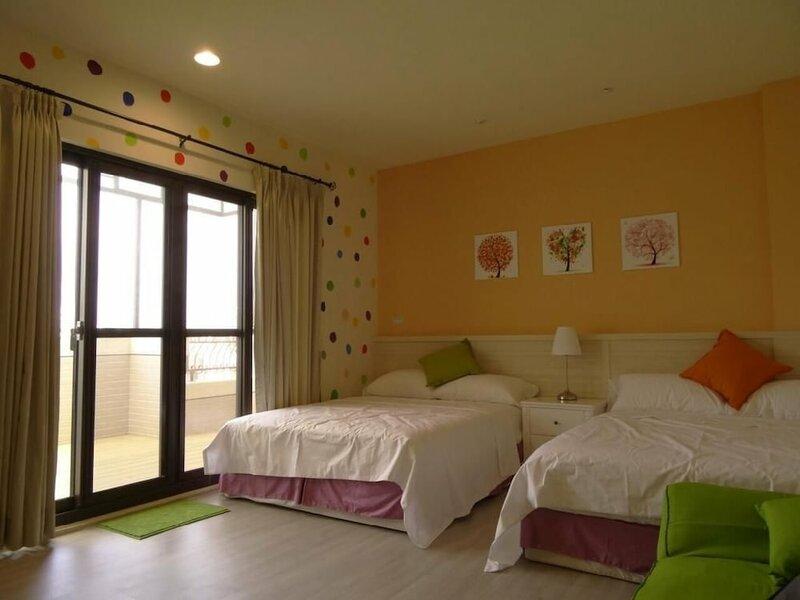 Summerle No. 11 Hostel