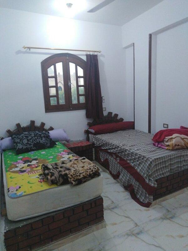 Luxor Queen Bed - Beige
