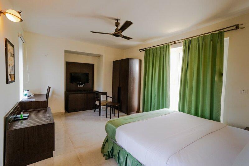 5 Bhk Villa In Hotel Amani Vagator Anjuna F598 by Guesthouser