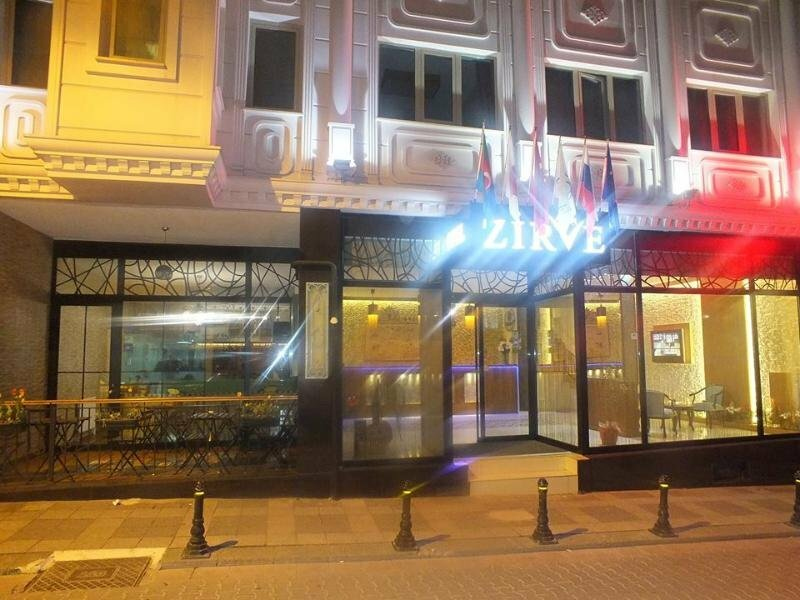 Hotel Zirve