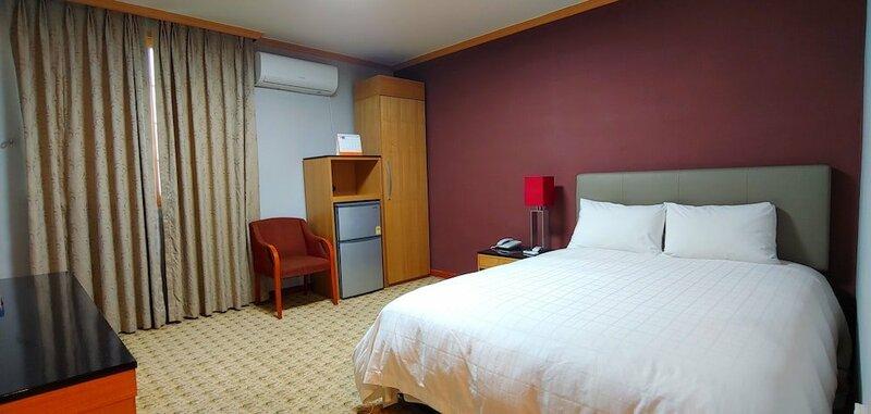 Osan NyxFox Hotel