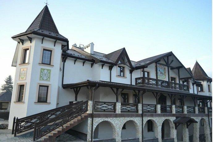 Отель Двор Княжеской Короны