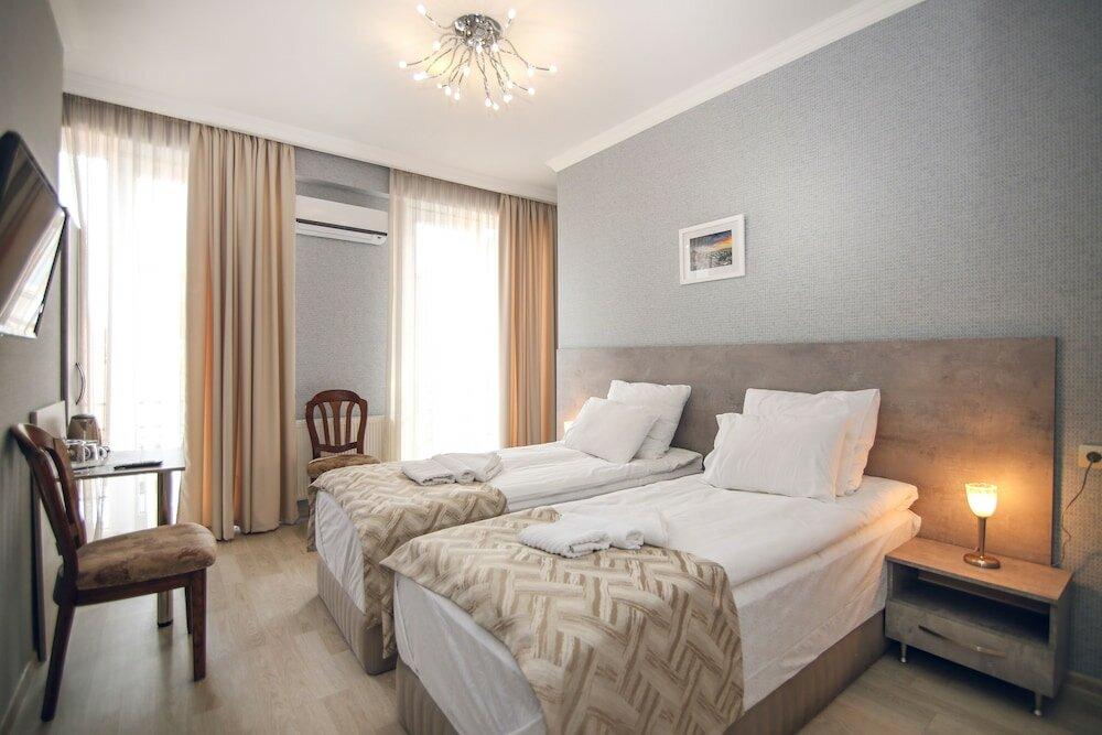 гостиница — Hotel Kenari — Тбилиси, фото №1
