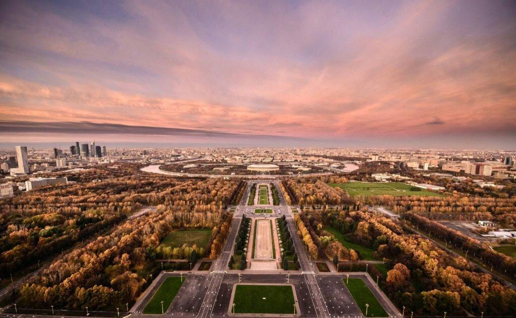 смотровая площадка — Смотровая площадка Воробьёвы горы — Москва, фото №7