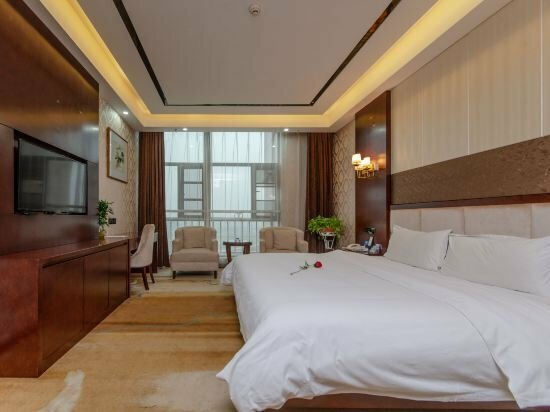 Pingjiang Shenfan International Hotel