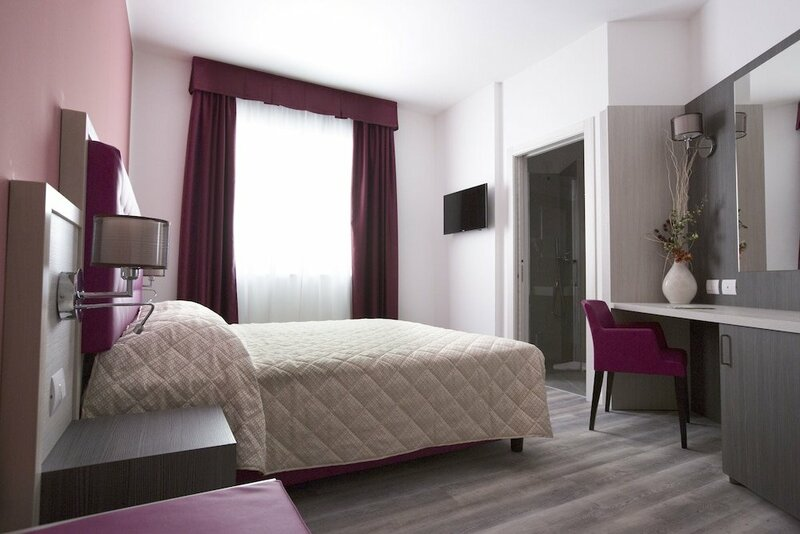 Alma Living Hotel