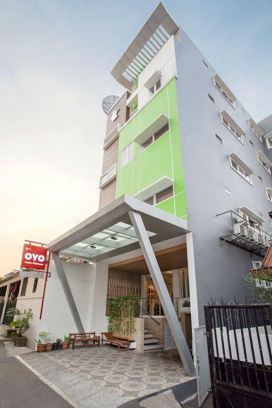 Oyo 101 Apple Platinum Hotel