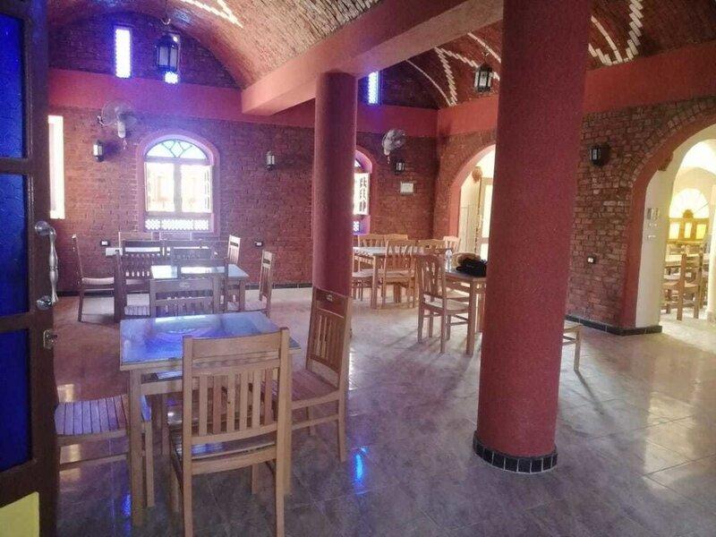 Ahmed Safari Camp & hotel