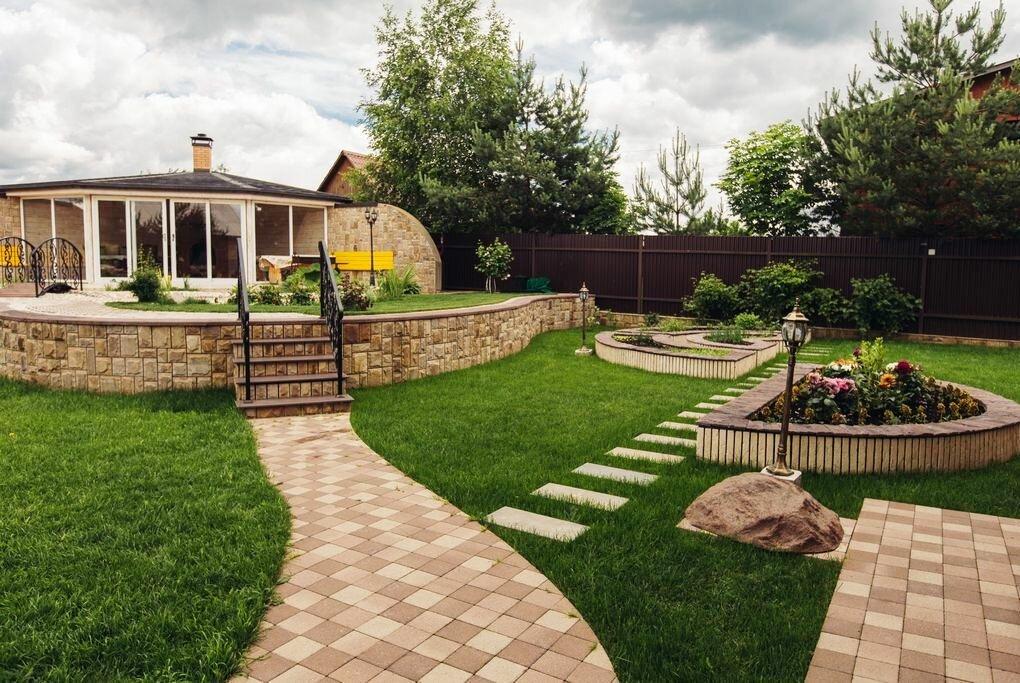 использование красивые площадки перед домом фото никто так