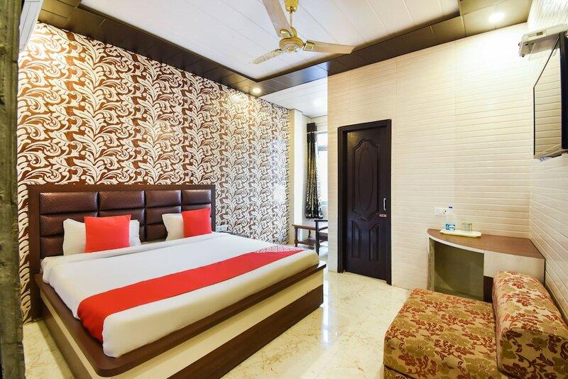 Oyo 4430 Hotel Holy city
