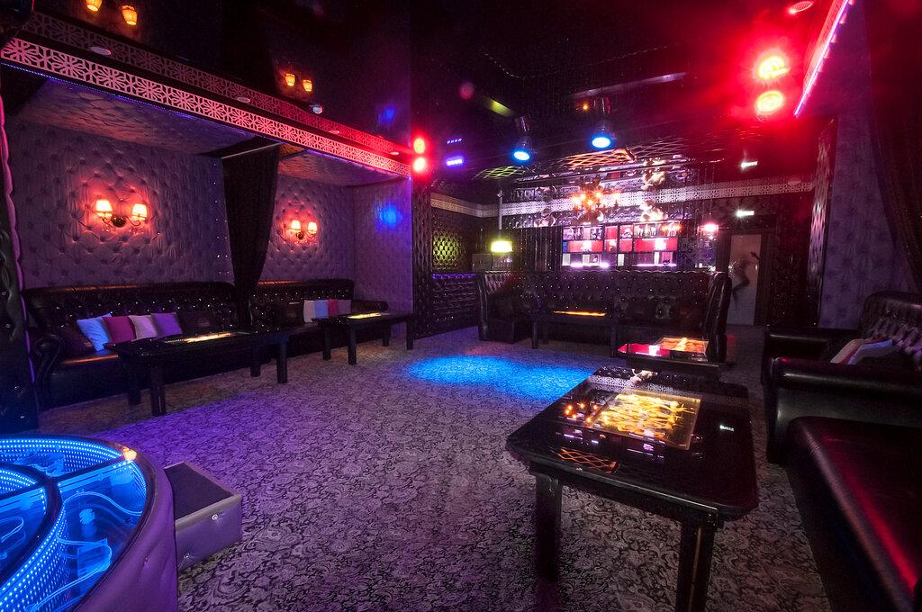 Метро ночной клуб тюмень работа охранника в ночных клубах