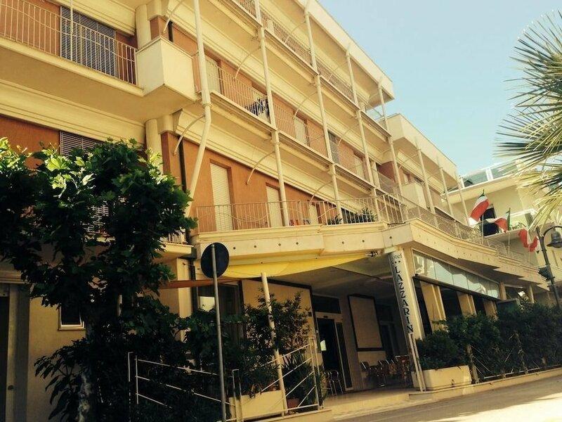 Hotel Lazzarini
