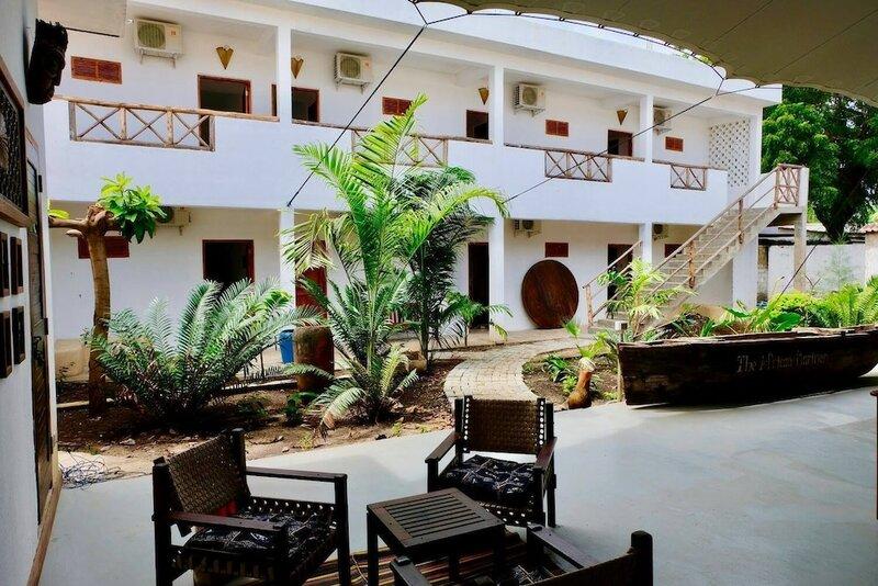 27 Cafe Zanzibar Airport Hotel