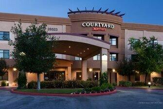 Courtyard by Marriott Santa Clarita Valencia