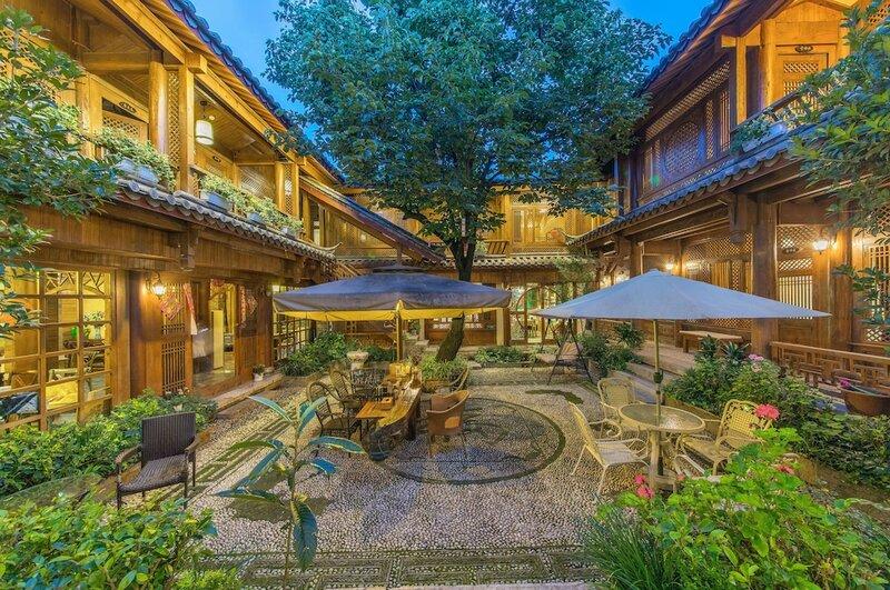 Lijiang Qixi Hostel