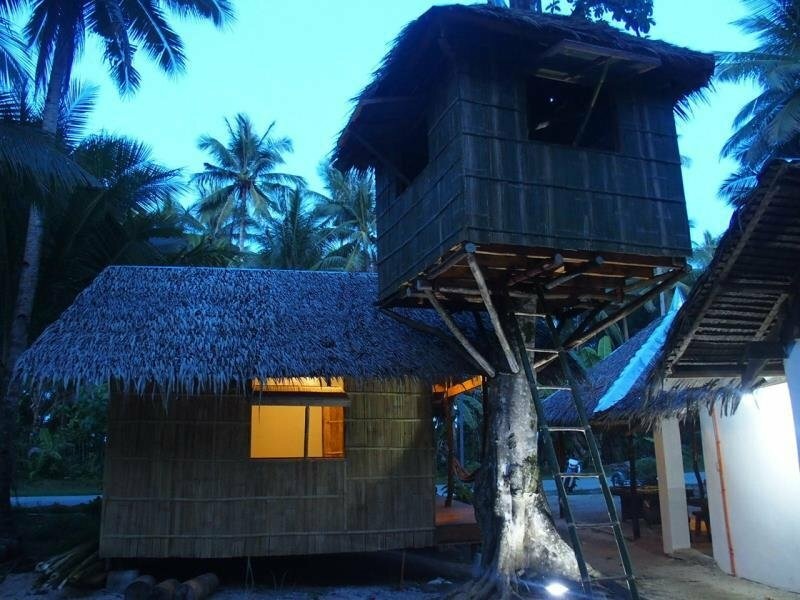 Barrel Spot Surfhouse