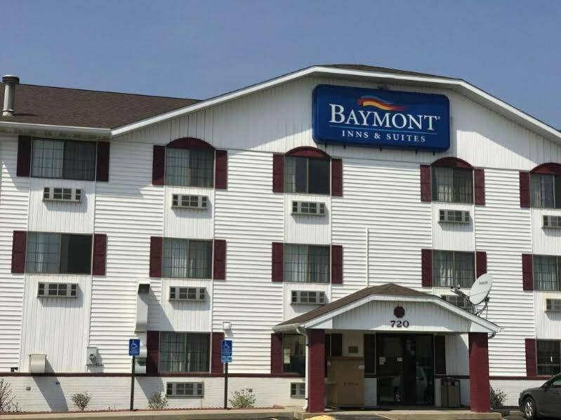 Baymont by Wyndham Cedar Rapids