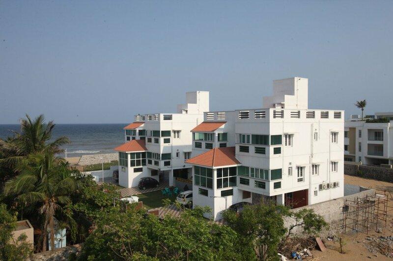 Oyo 8628 The Ecr Bay Villas and Resort