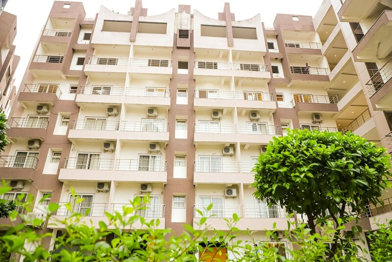 Hotel Shri Radha Nikunj Vrindavan