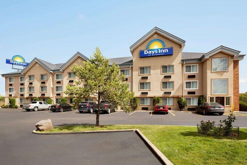 Days Inn & Suites by Wyndham Golden/Denver West