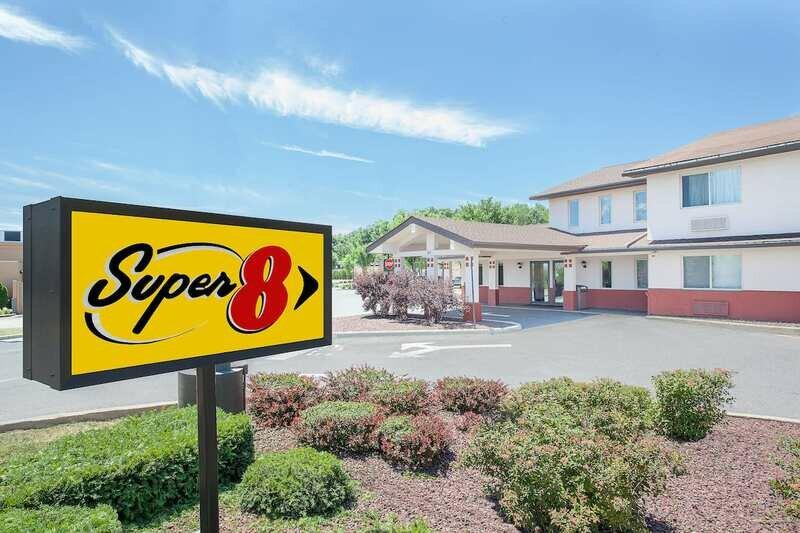 Super 8 by Wyndham Middletown