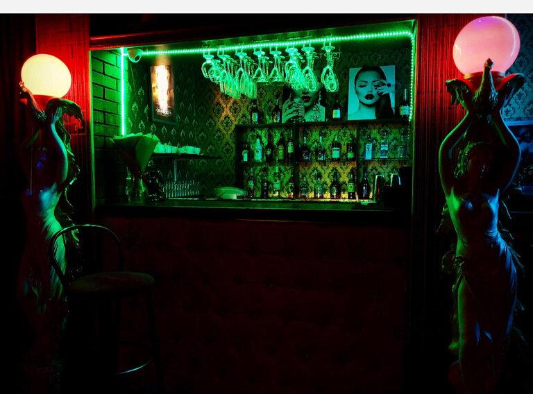 Ночной клуб саранск корона работа ведущей в ночном клубе москва