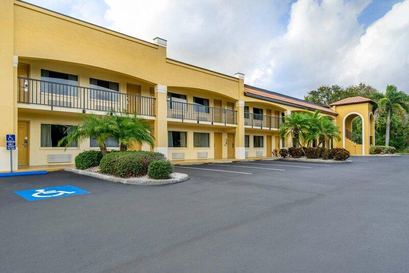 Comfort Inn Sun City Center-Tampa South