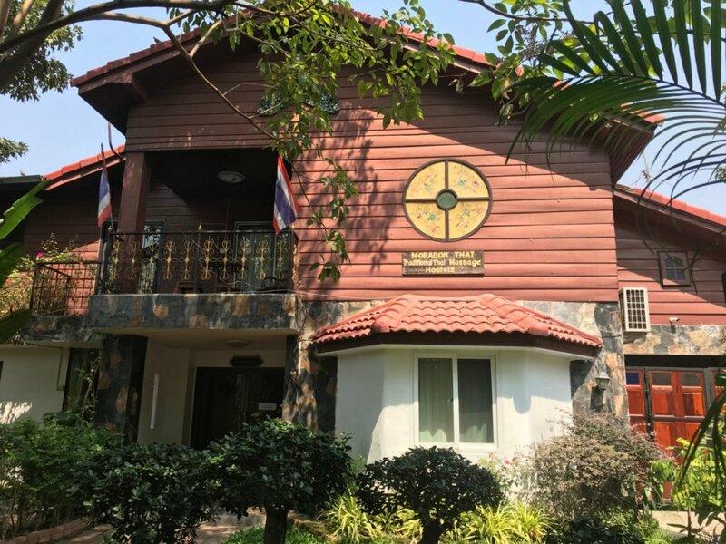 Moradok Thai Guesthouse - Hostel
