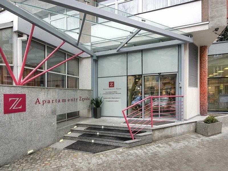 Hotel Apartments Zgoda Warszawa by DeSilva