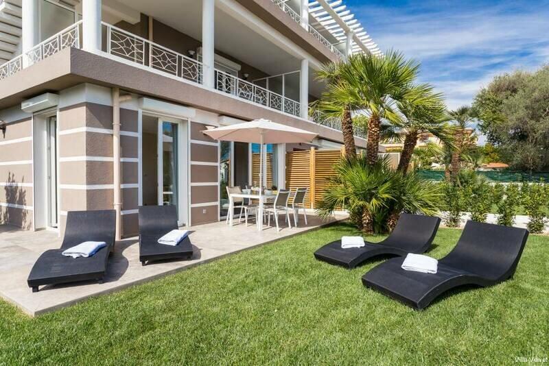 Villa Velvet