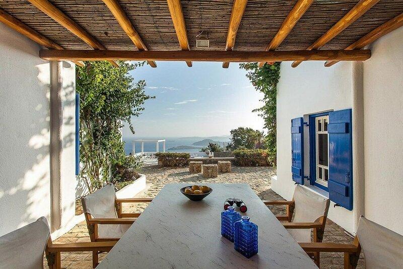 Villa Iris in AG Lazaros 5Bed Pool-Seaview