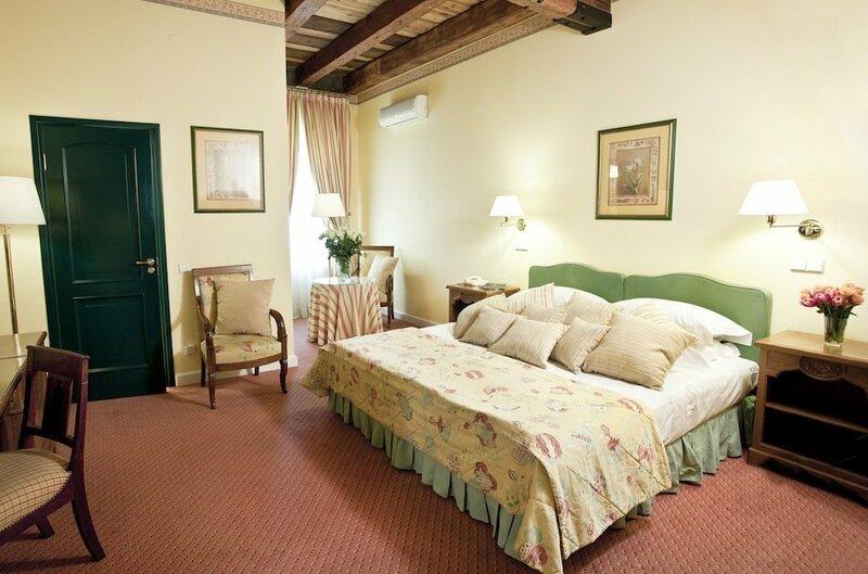 Отель Narutis