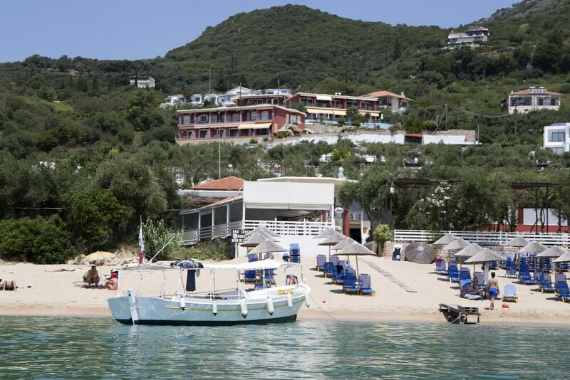 Enjoy Lichnos Bay Village, Camping, Hotel & Apartments
