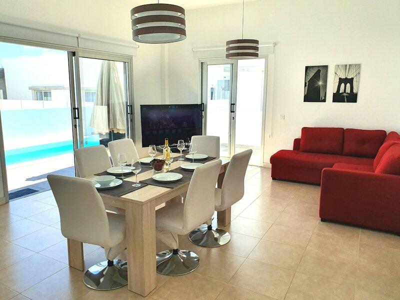 Villa New York Playa Blanca