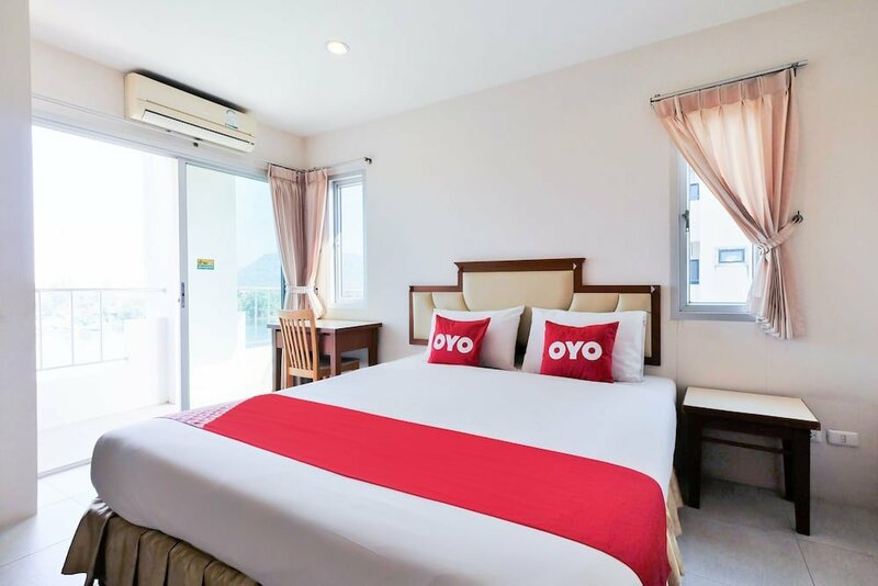 Oyo 605 Lake View Phuket Place