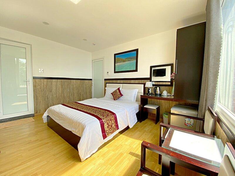 Hotel Minh Hang