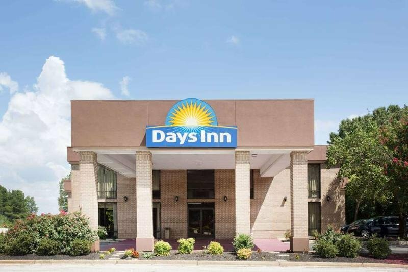 Days Inn by Wyndham Clinton-Presbyterian College