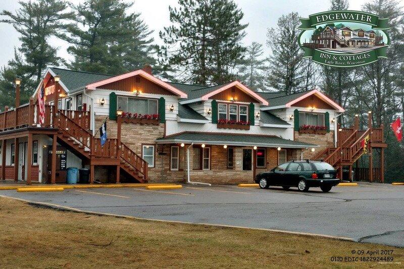 Edgewater Inn & Cottages